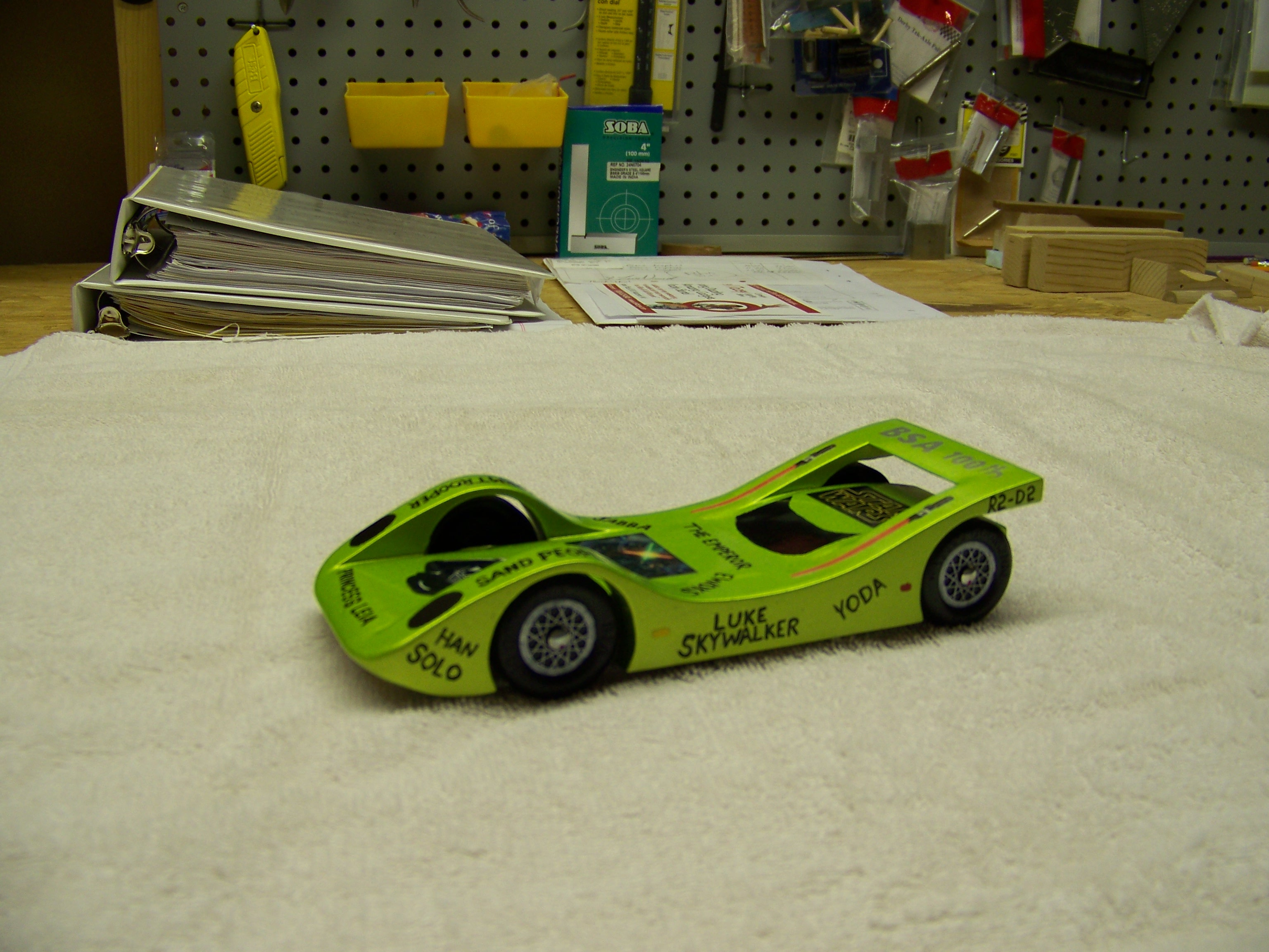 Pinewood_Derby_008